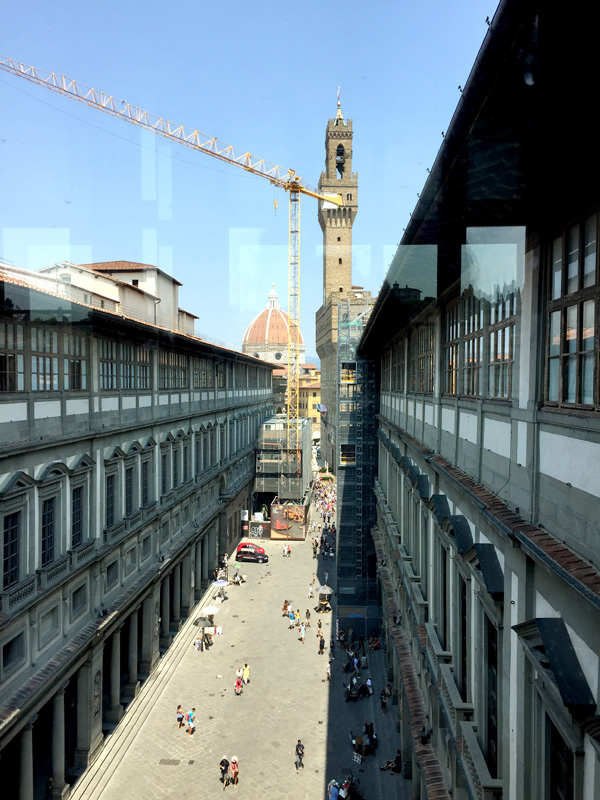 Looking at the Duomo from the Uffizi gallery